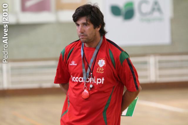 Rui Neto anuncia convocatória do primeiro estágio 2012